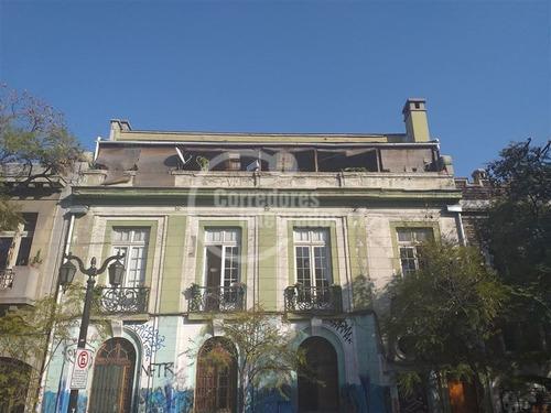 Imagen 1 de 1 de Departamento En Venta De 5 Dormitorios En Santiago