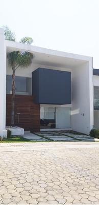 Casa Zona Azul, Parque Lima, Excelente Ubicación.