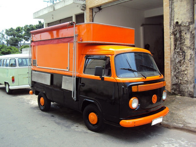 Kombi Food Truck Pronta Para Trabalhar