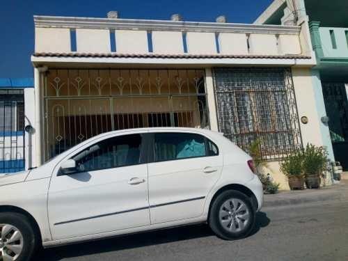 Casa En Venta En Valle De Infonavit Iii Sector