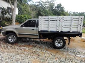 Camioneta 4x4 De Estacas Mazda B-2600