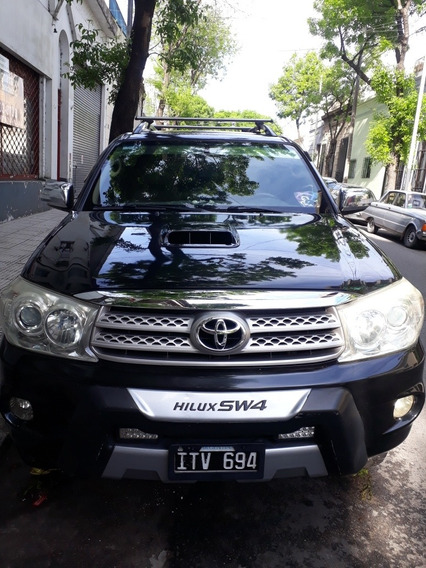 Toyota Sw4 3.0 I Srv At C/cuero 4x4 (2009) 2010