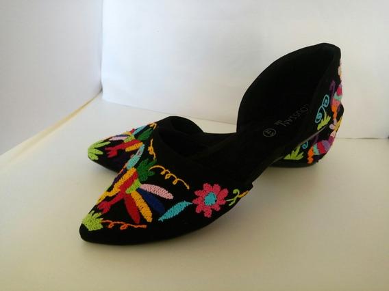 Zapatos Hechos A Mano Con Bordado De Tenango