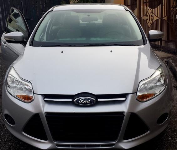 Ford Focus Se Motor V4 Gris Importado 13