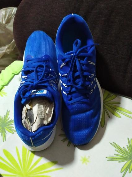 Tênis Nike 44