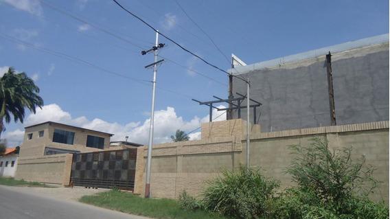M. Valera Alquila Local Cabudare 19-5571