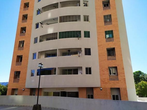 Apartamento En Alquiler El Parral 20-10521 Ac