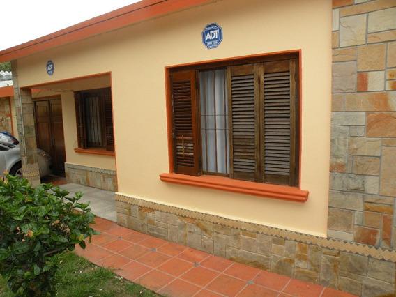 Alquilo Casa De 3 Dormitorios Muy Segura - 094 386264