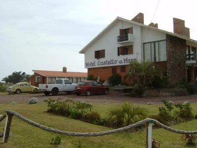 Hotel Restaurante La Coronilla, 16 Habitaciones