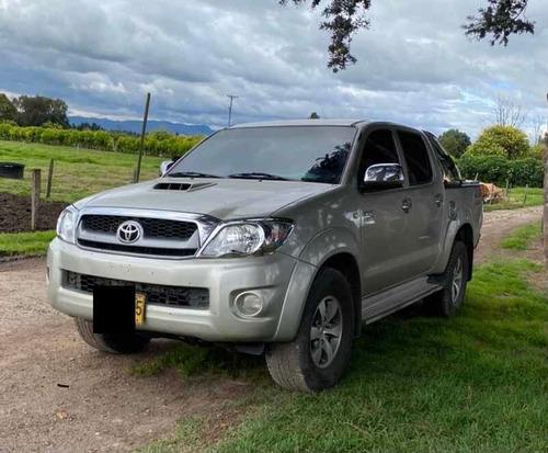 Toyota Hilux 2010 3.0 Srv