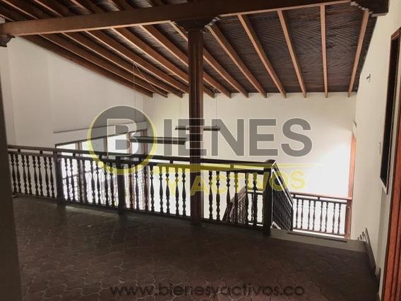 Alquiler Casa Comercial En Conquistadores Medellín