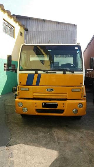 Ford Cargo 1317 2007 Toco Carroceria Com Cabine Auxiliar