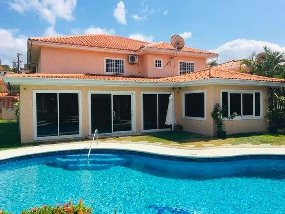 Hermosa Casa En Alquiler En Altos De Panamá Panamá
