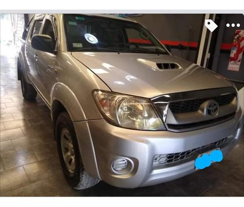 Imagen 1 de 8 de Toyota Hilux 3.0 Cd Sr I 171cv 4x4 2011