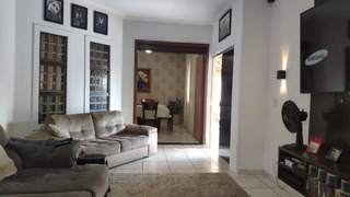 Casa Para Venda Em Palmas, Plano Diretor Sul, 3 Dormitórios, 2 Suítes, 1 Banheiro - 1132_2-908502