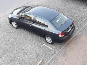 Toyota Yaris 2011 1.5 At