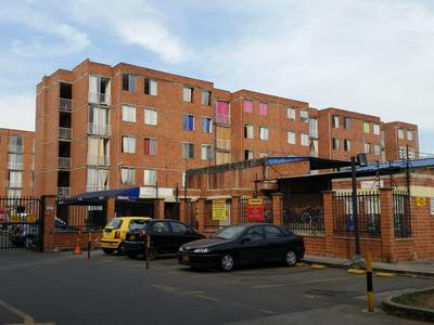 Vendo Apartamento En Flora Industrial. 171-18-4