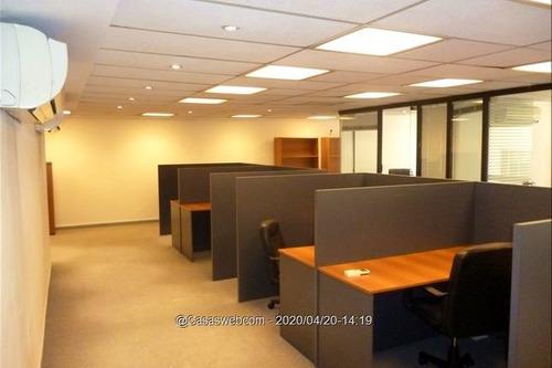 Venta Oficina En El Centro Plaza Cagancha, Con Renta