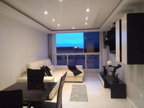 Apartamento En Venta En Los Samanes Mls #20-24668 M.m