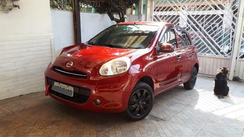 Nissan March 2012 1.0 S 5p