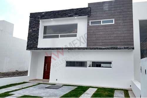 Casa En Venta En Grand Juriquilla, Querétaro