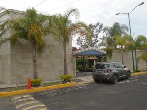 Imagen 1 de 12 de Casa Sola En Venta Barrio De Arboledas