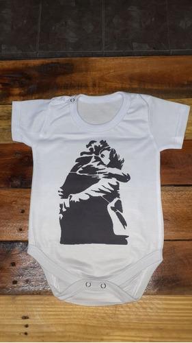 Imagen 1 de 2 de Bodies Para Bebes El Abrazo Cristina Y Néstor Kirchner
