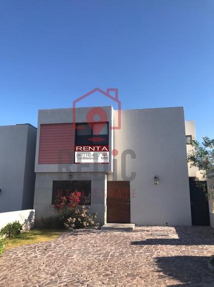 Casa De 3 Hab+cuarto De Servicio En Altozano Querétaro