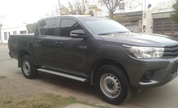 Toyota Hilux 2.4 Cs Dx 150cv 4x2 2016