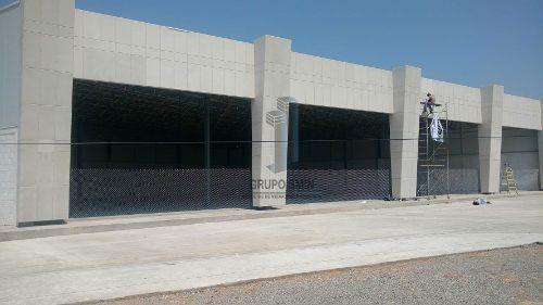 Renta De Locales De 1200m2 Centro Expositor San Juan Del Río
