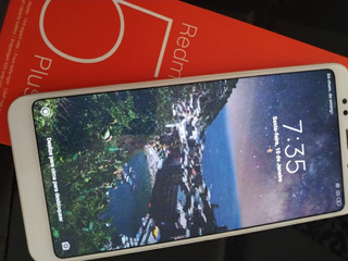 Celular Xiaomi Redmi 5 Plus, 64gb, 4gb Ram