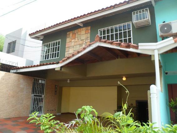 Venta En De Casa Altos De Panama #18-8575hel**