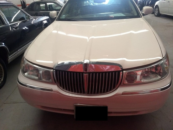 Lincoln Town Car Cartier 2001