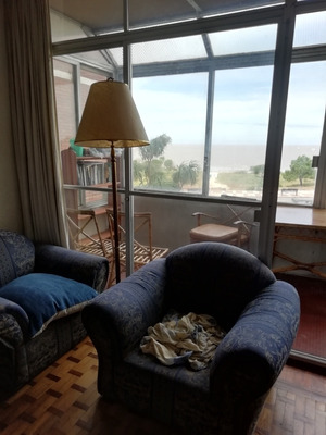 Dueño Vende Apartamento En Malvin Con Fondo Y Parrillero C
