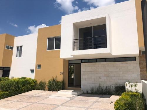 Casa En Renta En Lomas De Juriquilla