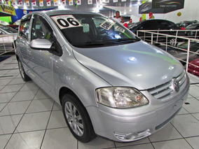Volkswagen Fox 1.6 Plus Total Flex 5p 2006 Completo