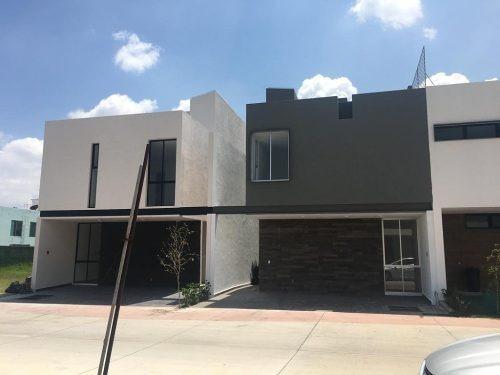 Casa Venta C/roof Garden Solares Coto Fontee $4,800,000 I401