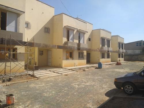Casa 2 Dormitórios 2 Suítes Condomínio Villagio Del Acacie
