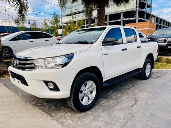 Toyota Hilux Mid Sr Modelo 2019