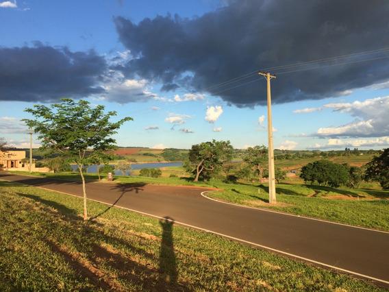 Terreno Geminado Condomínio Fechado Alto Padrão Itaí/sp
