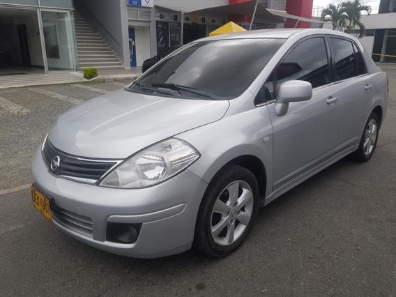 Tiida 1.8 Premium Sedan