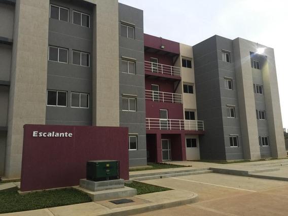 Apartamento En Venta En Ciudadela Faria, Maracaibo