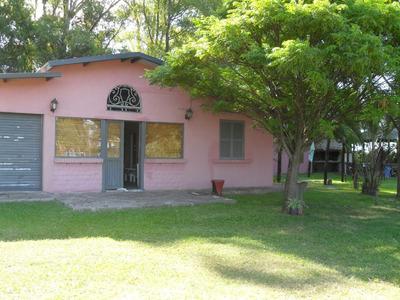 Casa Quinta Con 4 Habitaciones Y 2 Baños