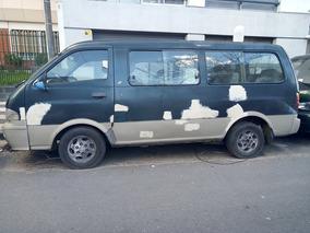 Kia Pregio 2.7 D Minibus