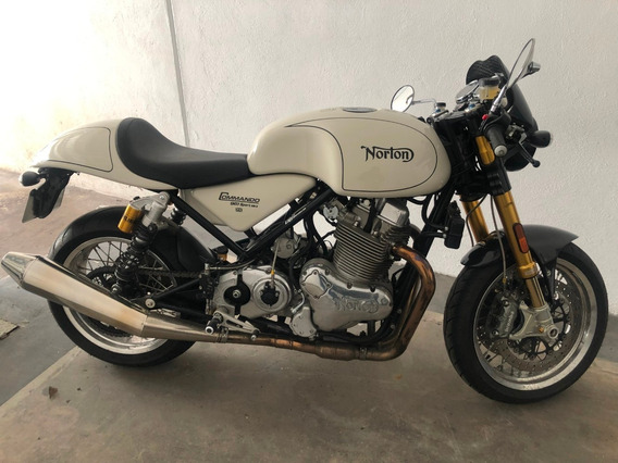 Motocicleta Norton Comando 961 Cafe Racer