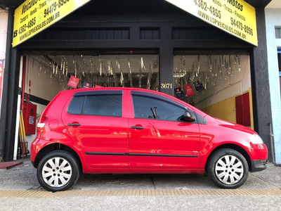 Volkswagen / Fox 1.0 8v Plus Flex 4 Portas