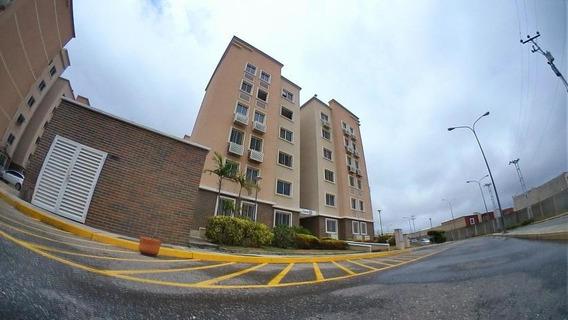 Apartamento En Venta Barquisimeto 20-16620 Ciuda Roca As