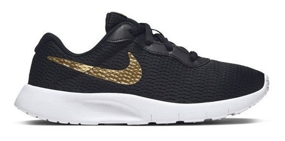 Tenis Nike Tanjun Negro/oro 818381 027