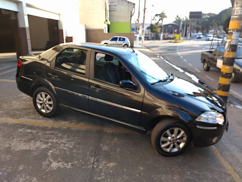 Imagem 1 de 14 de Fiat Siena 1.8 Mpi Hlx 8v Flex 4p Manual