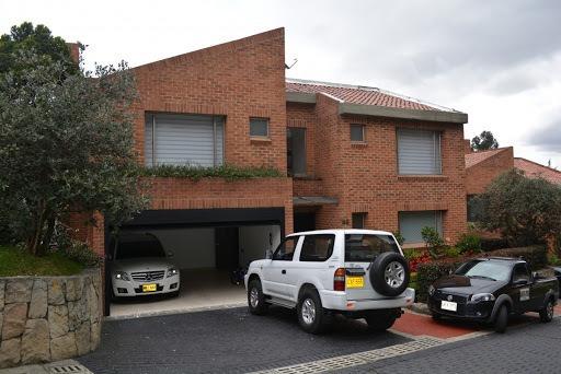 Casas En Venta Altos De Sotileza 927-899